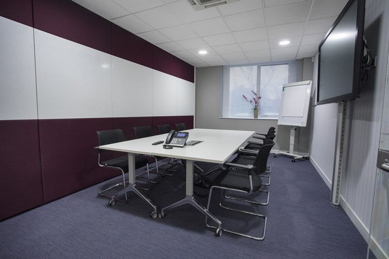 Claremont House - Bright meeting room (1)