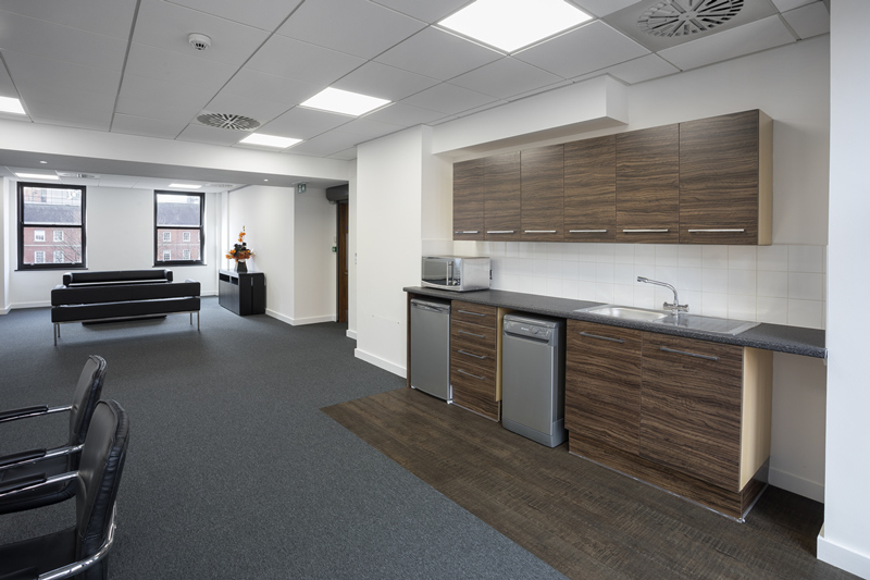 Oxford Court - Kitchen and communal area (4)